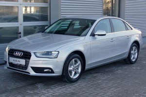 Audi A4 B8 Facelift Limousine Ambiente 1.8 TFSI multitronic Eissilber 300x200 Wat is de waarde van mijn auto?
